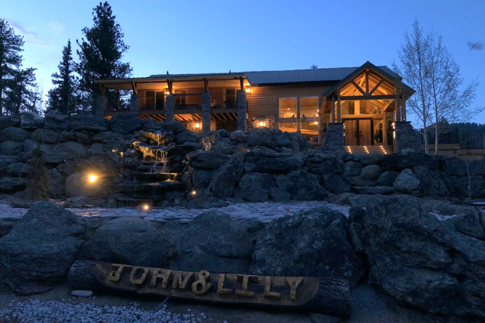 Bison Peak Lodge at Puma Hills